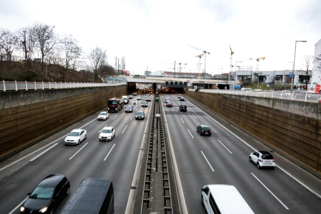 Auf die Stadtautobahn könnte ein Deckel gesetzt werden.